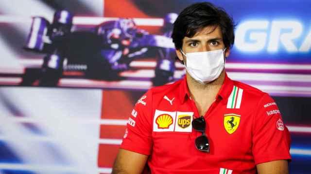Carlos Sainz en la rueda de prensa del GP de Francia