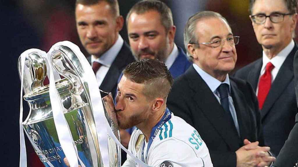 Sergio Ramos levanta la Champions League de Kiev