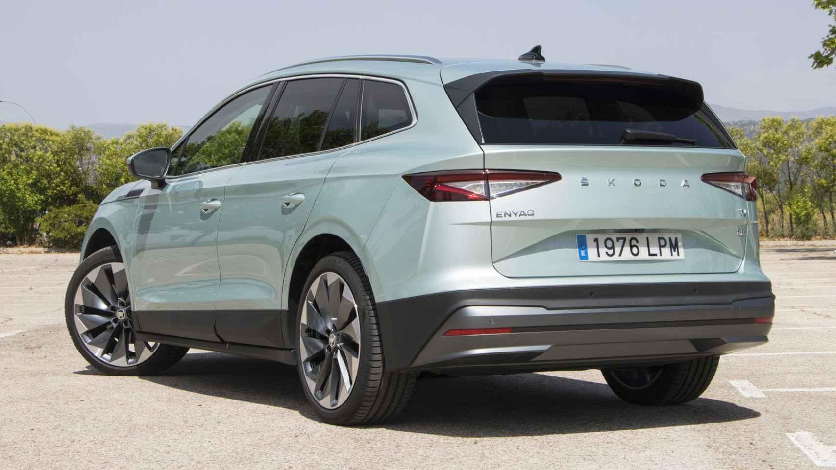 Galería de fotos del Skoda Enyaq iV, un SUV eléctrico muy parecido al Volkswagen iD.4