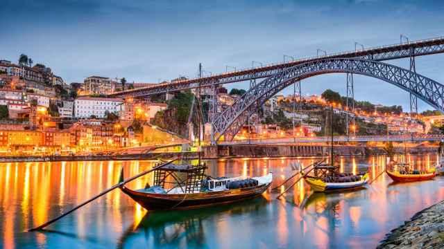 Las mejores ciudades a menos de 2 horas de Madrid para viajar en avión