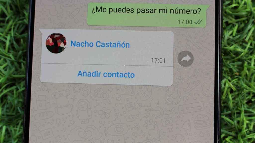 Una tarjeta de contacto de WhatsApp.