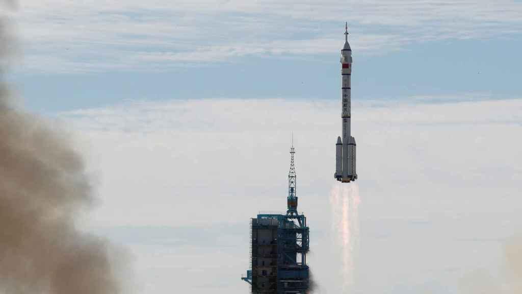 Lanzamiento Shenzhou-12