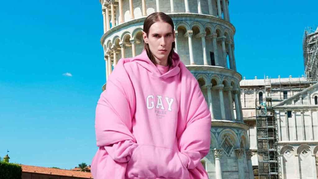 Balenciaga ha creado una colección cápsula de sudaderas.