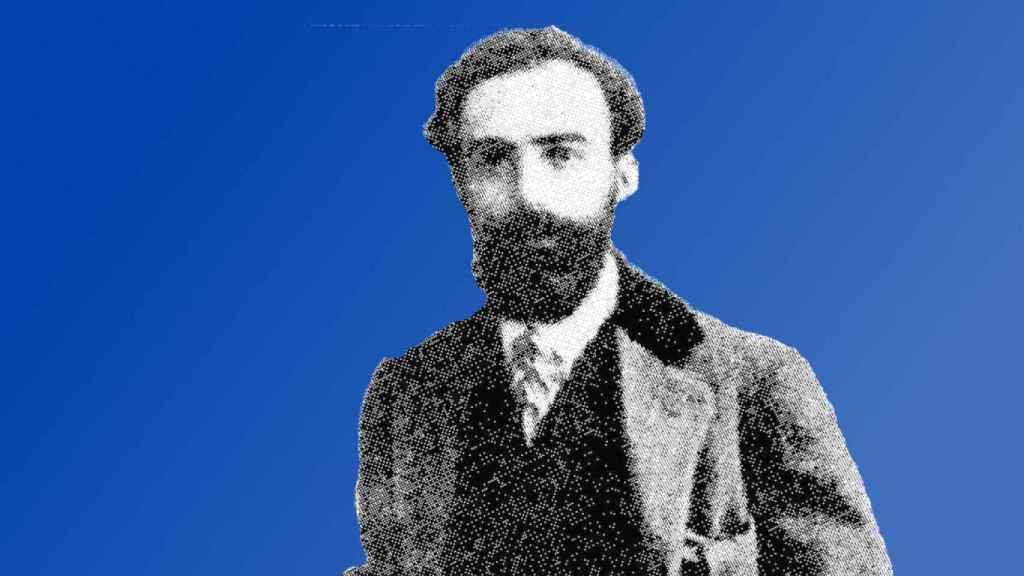 Luis Torregrosa  compuso el himno de las Hogueras de Alicante a partir de siete canciones populares.