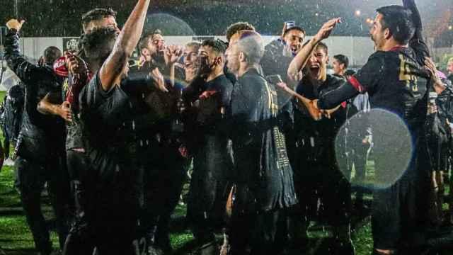 Celebración del ascenso a la 2º RFEF del Intercity, en el estadio Antonio Solana de Villafranqueza.