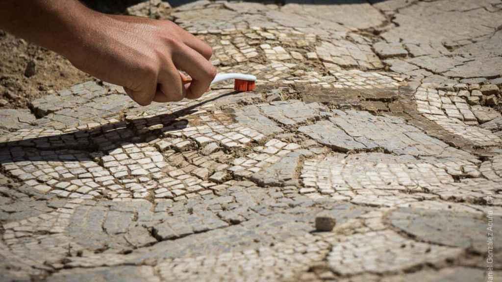 Teselas de uno de los mosaicos hallados en Itálica.