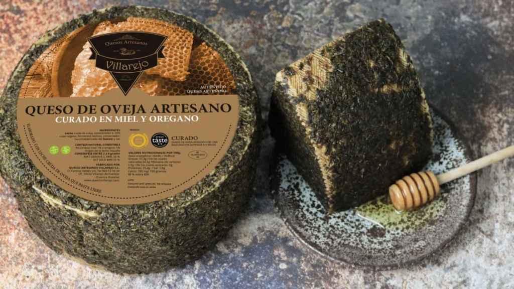 Queso de oveja artesano curado en miel y orégano Villarejo