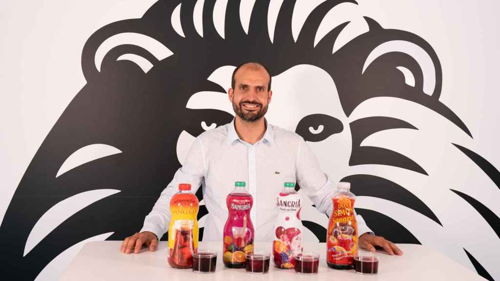 Sergio Estévez es fundador de Lo Catamos y ha probado las sangrías del súper.