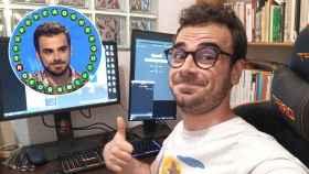 Pablo Díaz, el joven concursante de Pasapalabra, en su casa antes de iniciar un directo en Twitch.