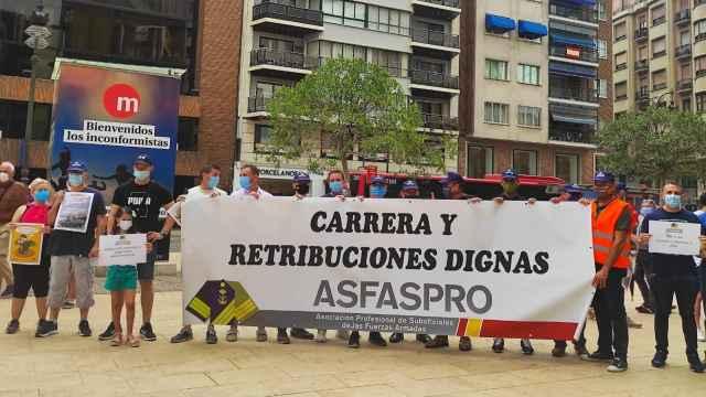 La Asociación de Profesional de Suboficiales de las Fuerzas Armadas (Asfaspro) durante la concentración.