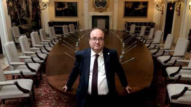 Miquel Iceta, ministro de Política Territorial y primer secretario del PSC, tras la entrevista.