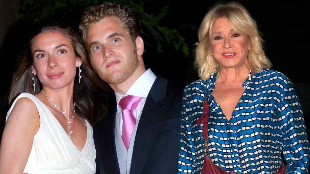 Aviv Miron, Mila Ximénez y Alba Santana en un montaje de Jaleos.