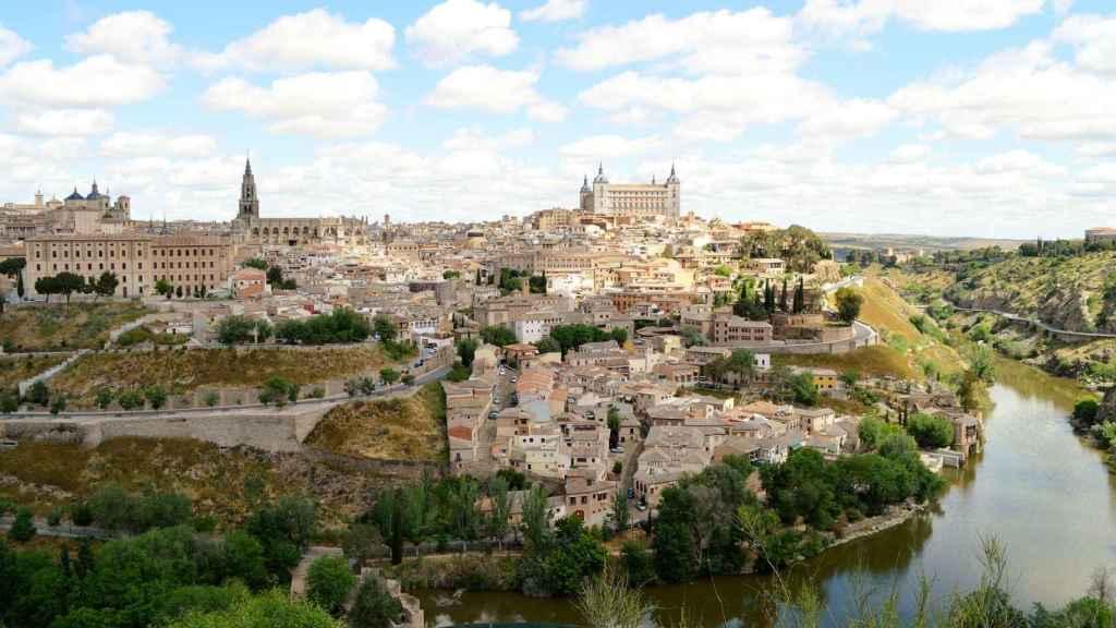 Río Tajo a su paso por Toledo, uno de los lugares donde se calculará el caudal.