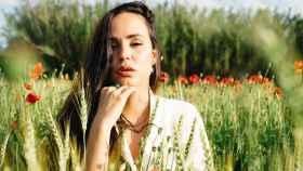 Carolina Monje, en una imagen oficial para su firma | Lali Rodellas x Carola Monje