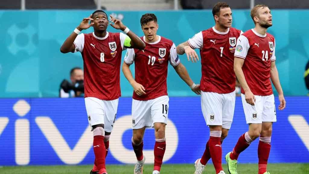 Alaba y Baumgartner celebran el tanto de Austria frente a Ucrania
