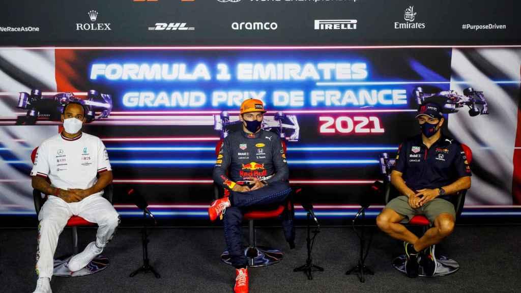 Hamilton, Max Verstappen y 'Checo' Pérez tras el GP de Francia
