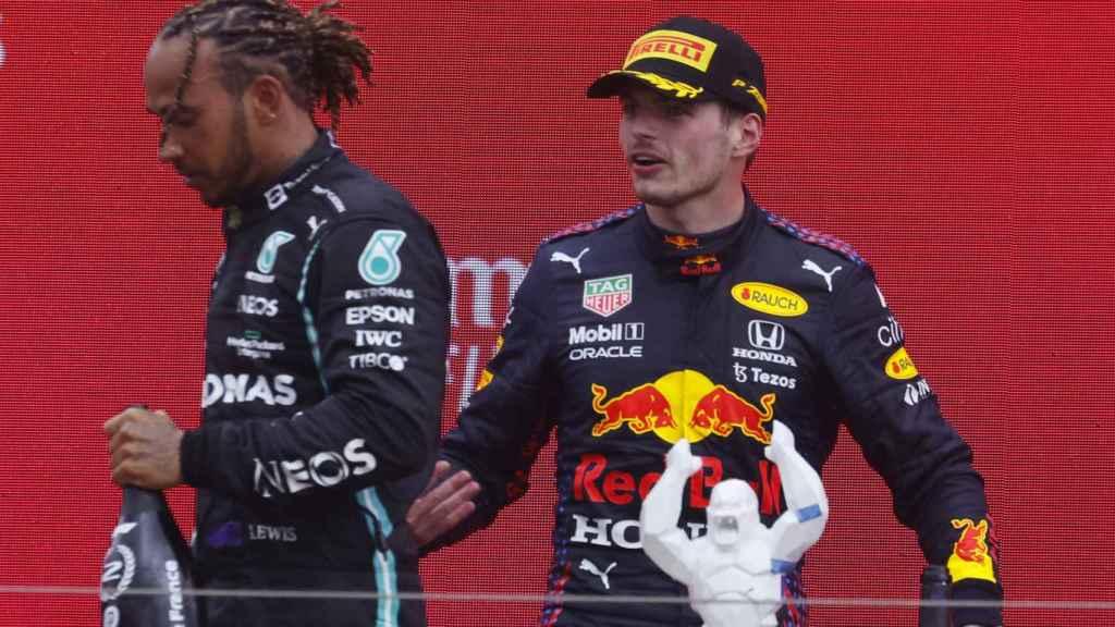 Hamilton y Verstappen en el podio de Paul Ricard