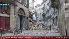 Estado de la calle afectada tras el derrumbamiento de dos edificios en Burdeos.