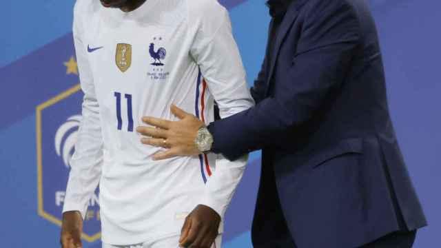 Ousmane Dembélé y Didier Deschamps, durante la Eurocopa