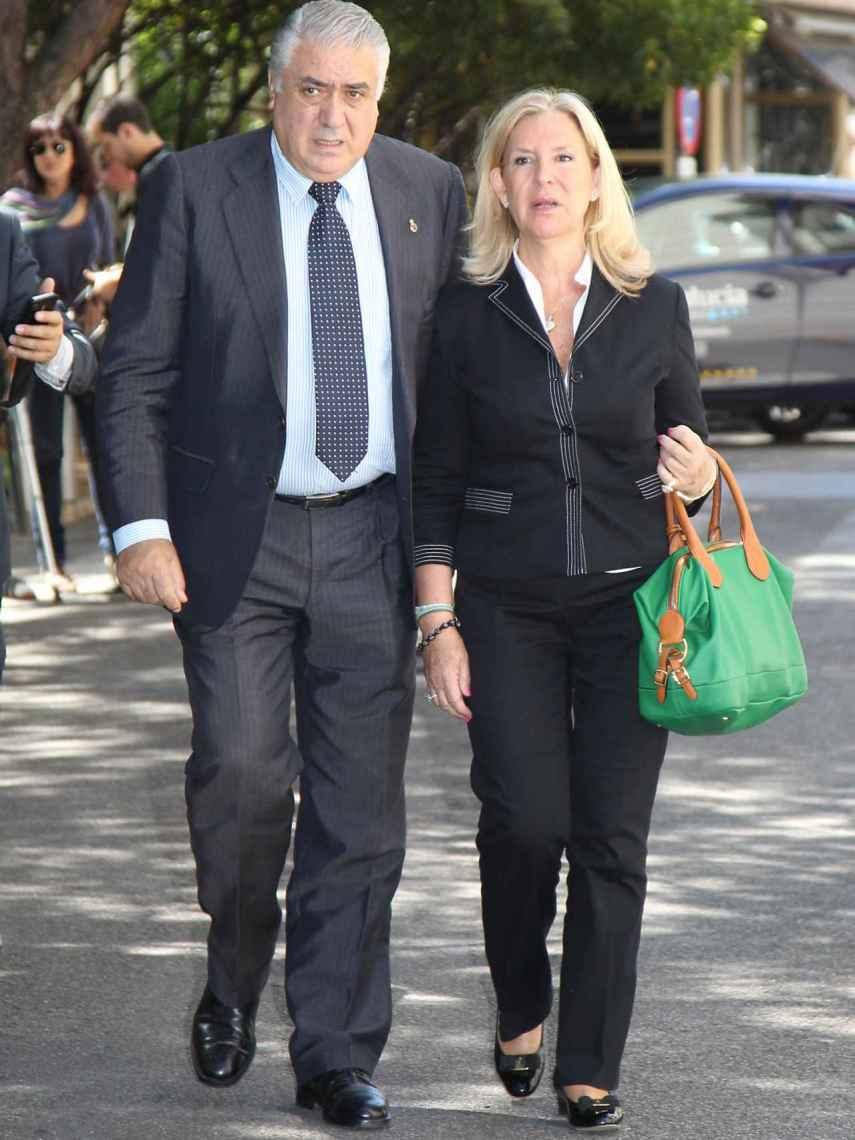 Lorenzo Sanz y su mujer, Mari Luz, en una imagen de archivo.