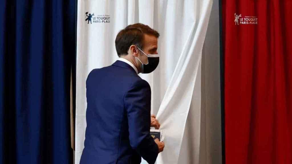 El presidente francés, Emmanuel Macron, durante las elecciones regionales.