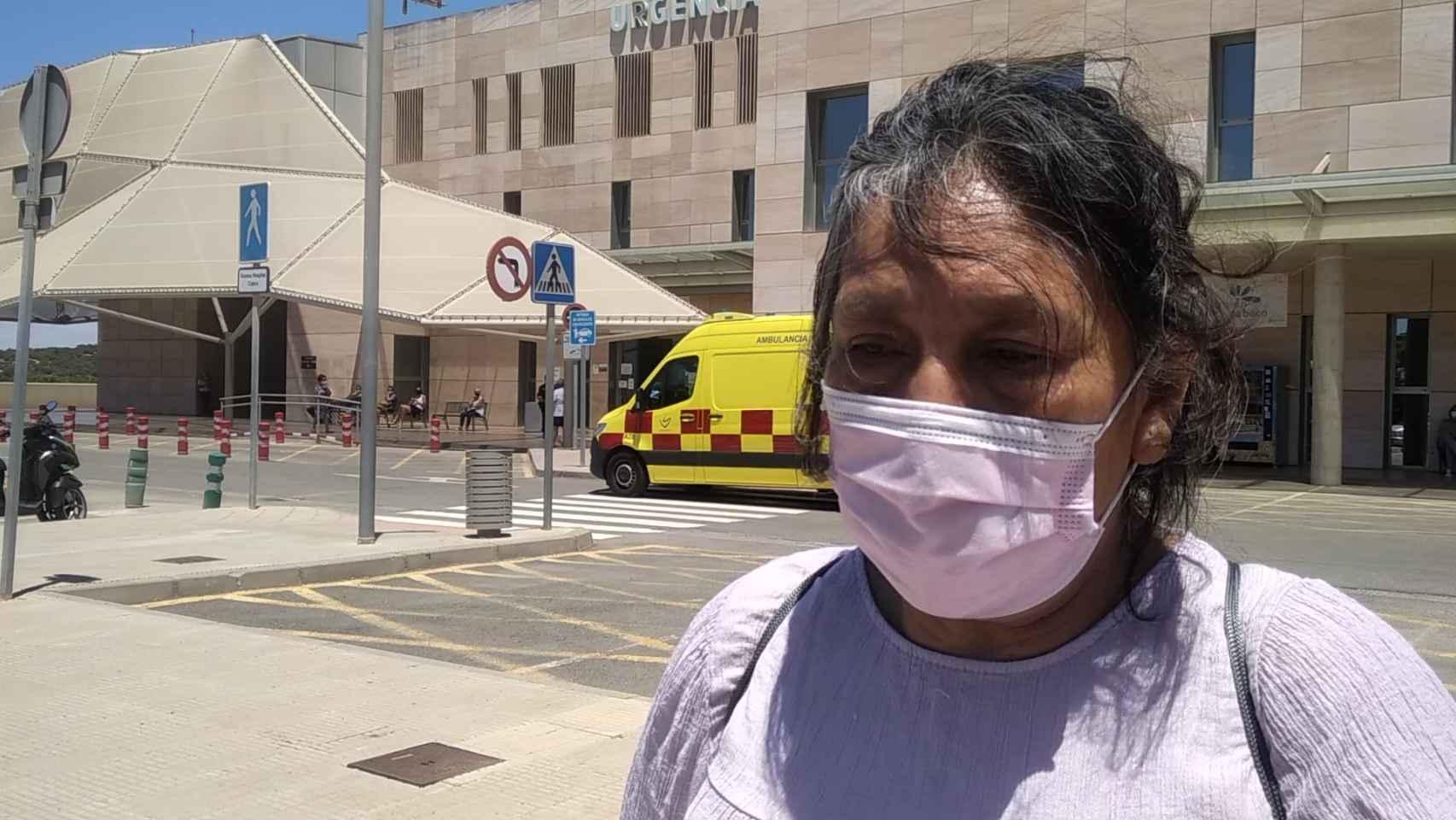 Mariana, la prima de la mujer apuñalada en las 'colas del hambre', explica cómo atacaron a Lili en Cartagena.