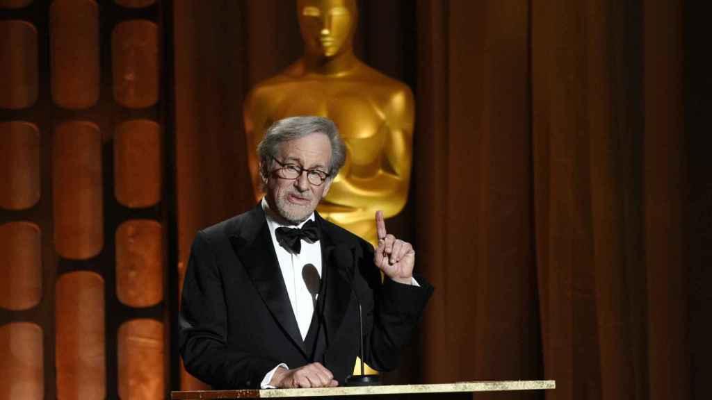 Steven Spielberg también se alía con Netflix.