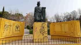 Estatua de Alfonso X en el parque Tres Culturas