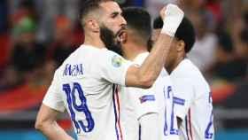 Karim Benzema celebra su gol con la selección de Francia ante Portugal en la Eurocopa 2020