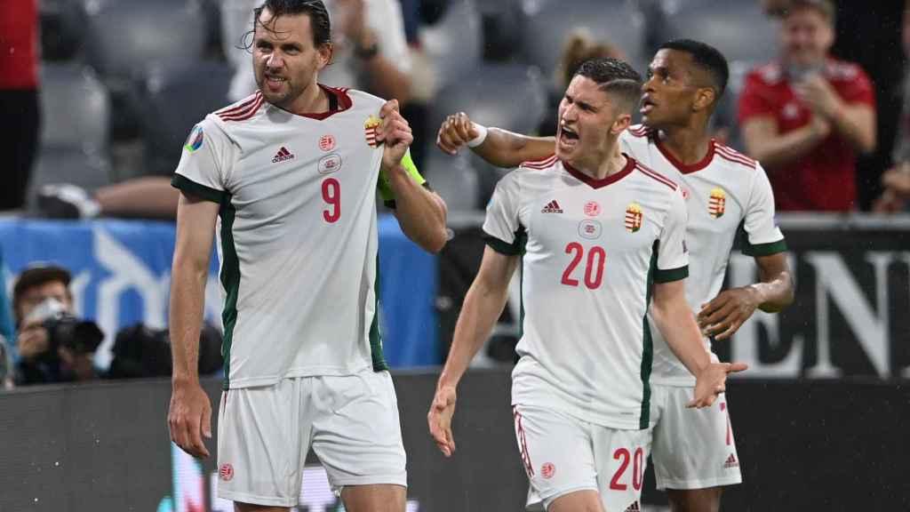 Adam Szalai celebra su gol con la selección de Hungría ante Alemania en la Eurocopa 2020