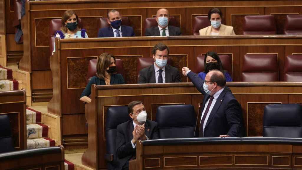 Miquel Iceta se dirige a Vox en la sesión de control al Gobierno este miércoles.