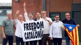 Los presos del 'procés' abandonan la prisión de Lledoners. Efe