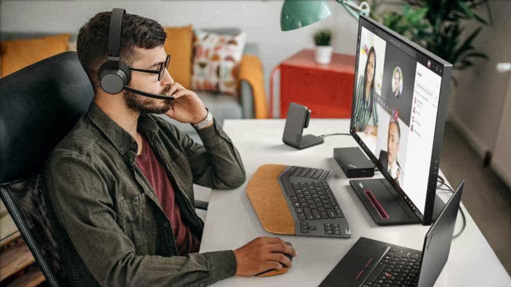Lenovo lanza nuevos auriculares para el teletrabajo.