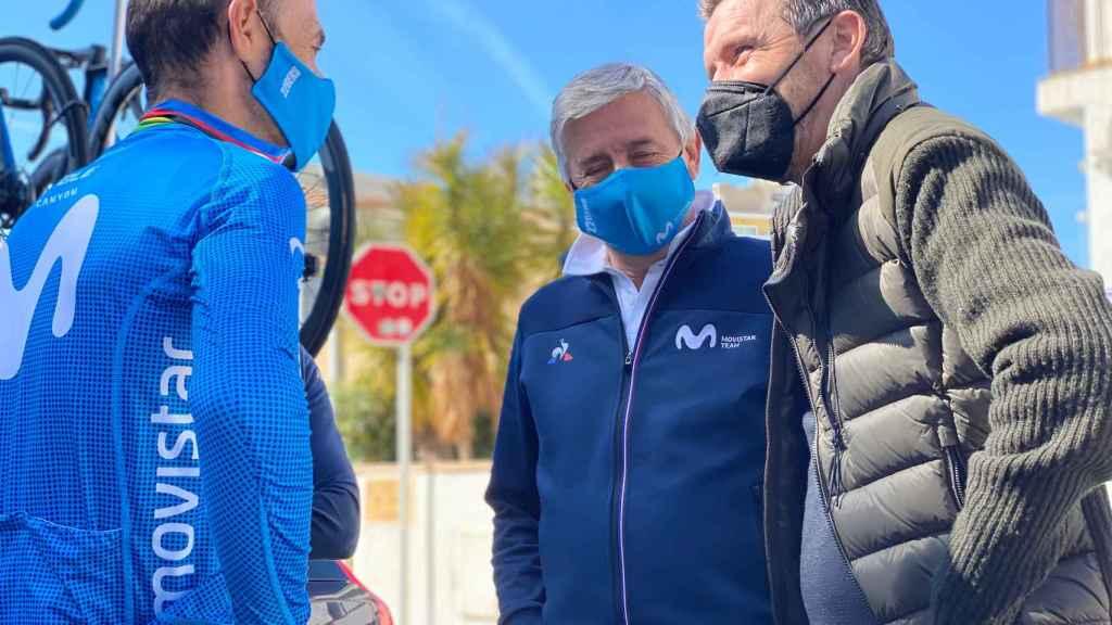 Alejandro Valverde y Eusebio Unzue, durante la Volta a Cataluña