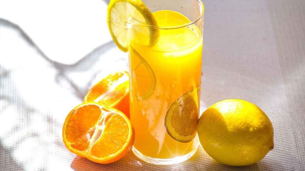 Vitamin C, the great star antioxidant in all your cosmetics.