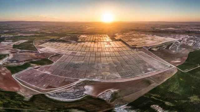 Lightsource bp pone en marcha su primer proyecto fotovoltaico en España, de 247 MW