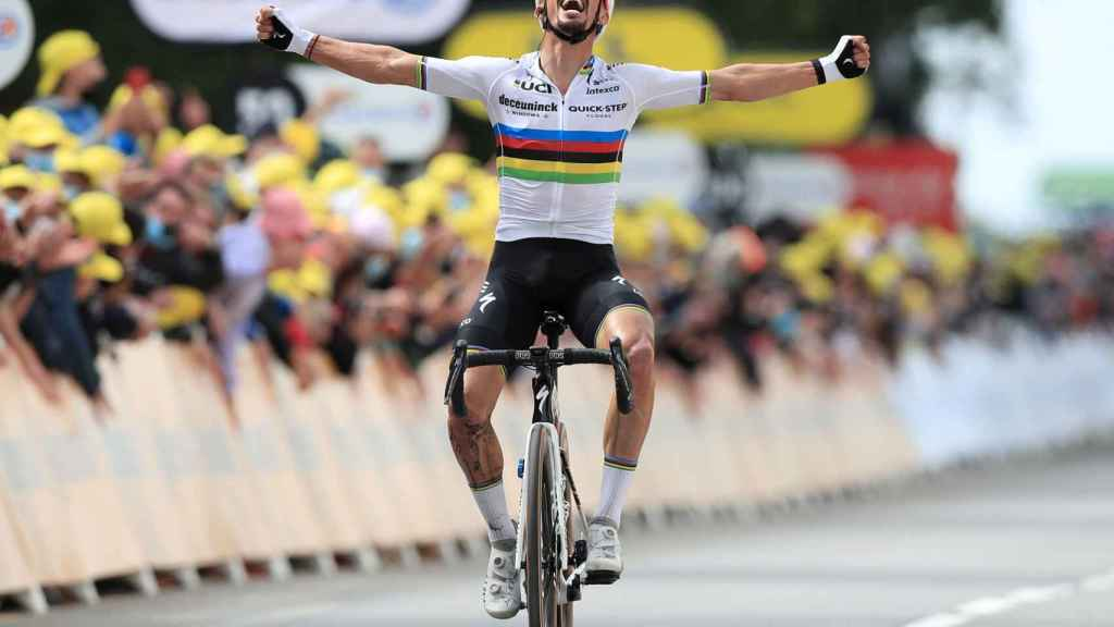 Alaphilippe vence en la primera etapa del Tour de Francia 2021