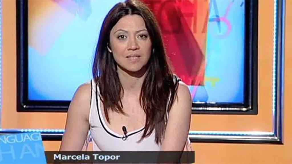 Marcela Topor presentando un programa