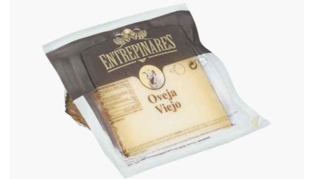 Una cuña de queso viejo de oveja de Entrepinares.
