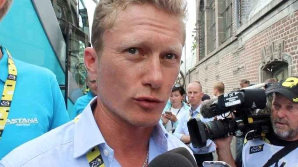 Vinokúrov durante una comparecencia con Astana