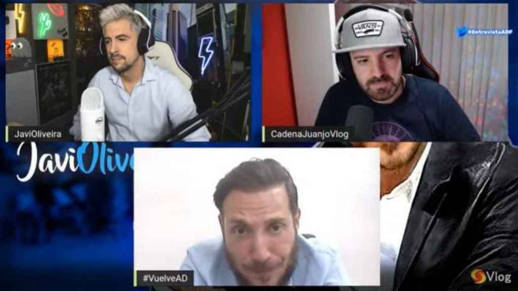 Antonio David, durante la entrevista con los 'youtubers'.