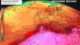 La masa de aire cálido ascendiendo desde África. Meteored.