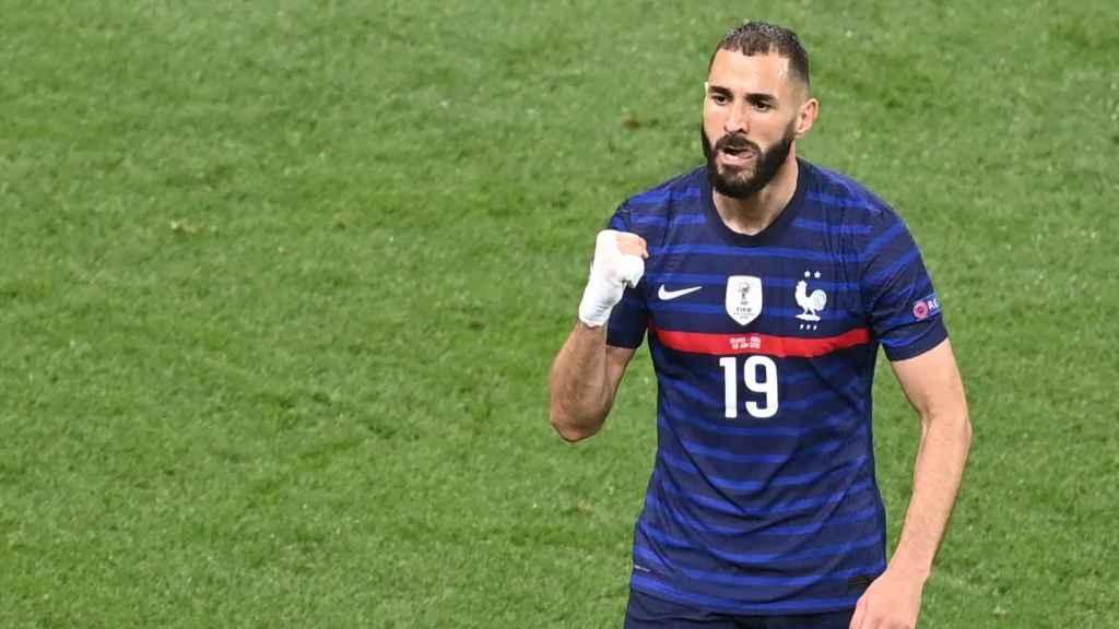 Karim Benzema celebra un gol con la selección de Francia en los octavos de la Eurocopa 2020