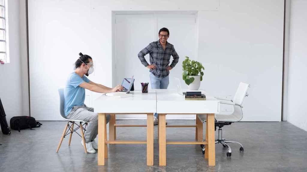 Around permite optimizar espacio y finanzas a las compañías en una disruptora apuesta.