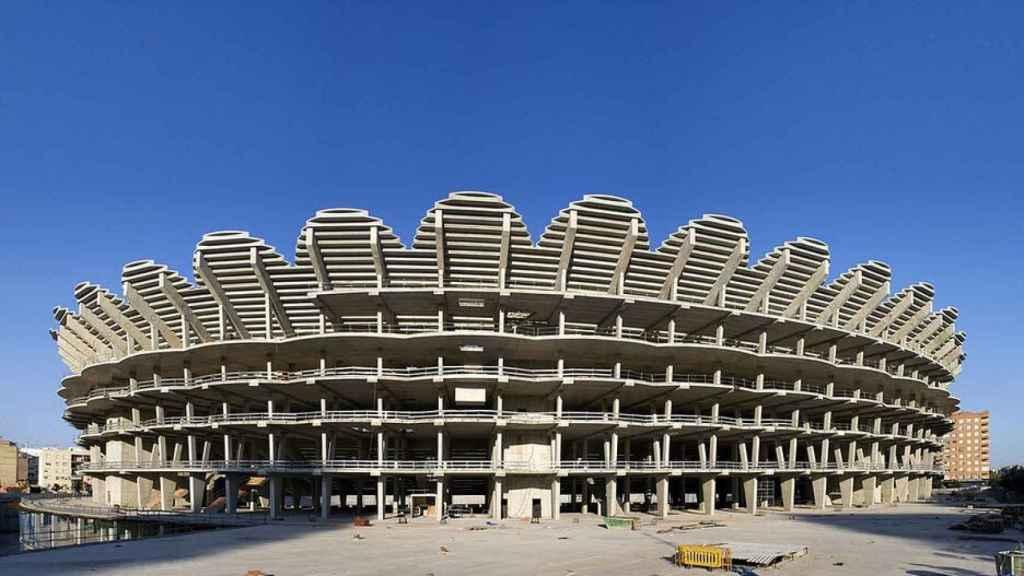 Vista exterior de las obras del Nuevo Mestalla.