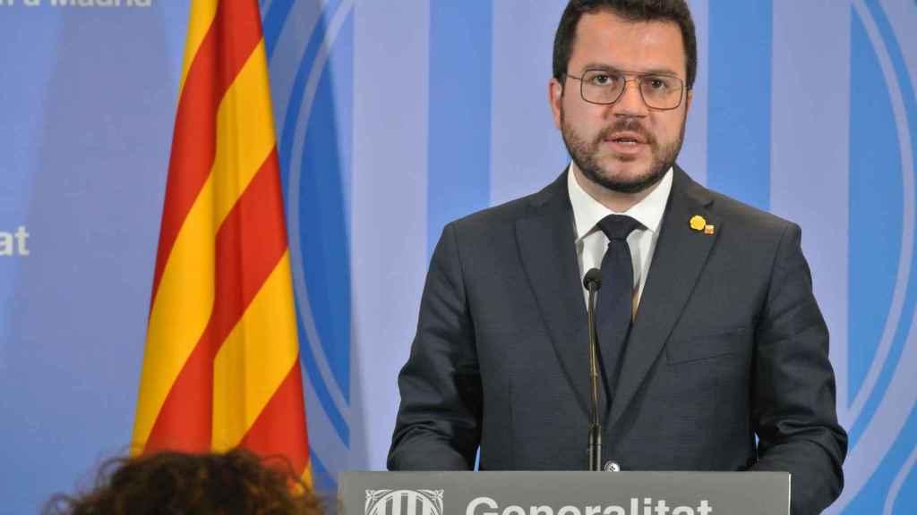 Aragonès, en la rueda de prensa tras reunirse con Sánchez, en la Delegación de la Generalitat en Madrid.