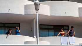 Jóvenes confinados en el Hotel Palma Bellver