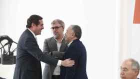 El presidente de la CEOE, Antonio Garamendi, el líder de CCOO, Unai Sordo, y el de UGT, Pepe Álvarez.