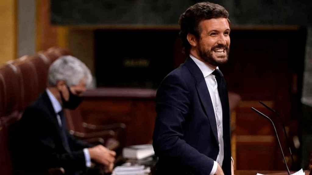 Pablo Casado, presidente del PP, en la tribuna del Congerso.