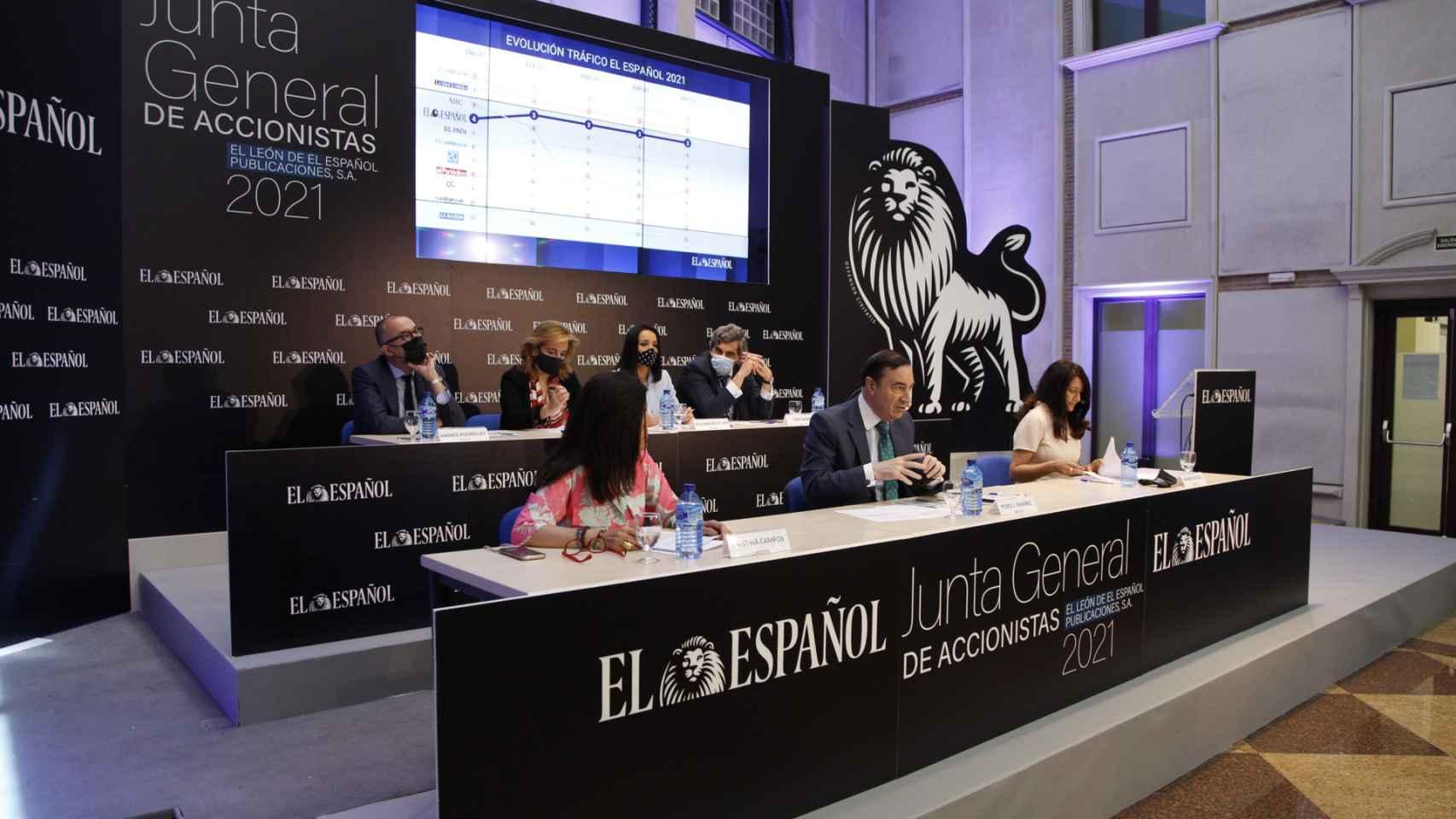 El consejo de administración de EL ESPAÑOL durante la Junta de Accionistas del grupo.